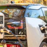 Sette domande per capire come ricaricare l'auto elettrica a casa.